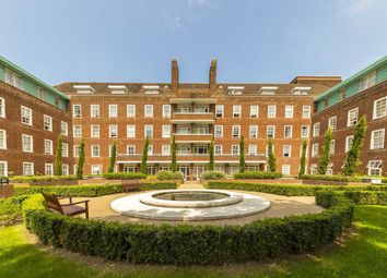 2 bed flat for sale in Ravenscourt Gardens, London W6