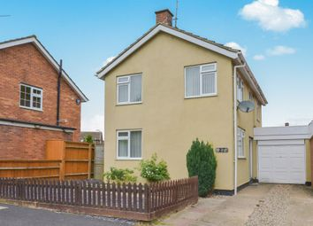 Thumbnail 3 bed detached house for sale in Bramber Close, Bletchley, Milton Keynes