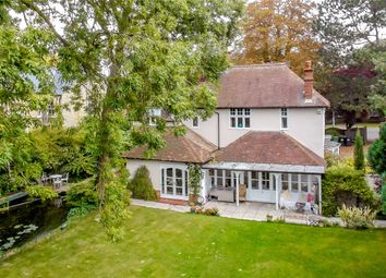 Thumbnail 6 bedroom detached house for sale in Hills Road, Cambridge