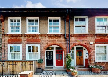 2 bed maisonette for sale in Granville Road, London NW2