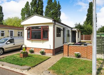 Thumbnail 1 bed mobile/park home for sale in Kingsmans Farm Road, Hullbridge, Hockley