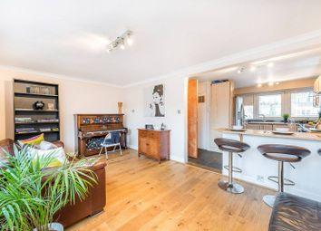 Thumbnail 3 bed maisonette to rent in Culvert Road, Battersea