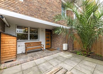 Gulland Walk, London N1. 3 bed flat
