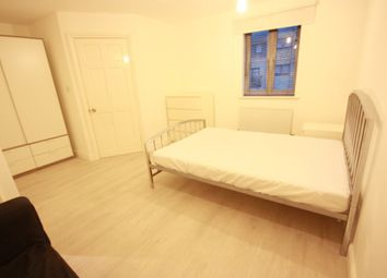 Thumbnail Room to rent in Kelly Avenue, London