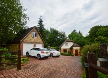 Thumbnail 3 bed detached house for sale in Beechwood Drive, Meopham, Gravesend