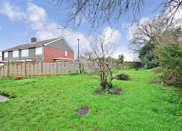 Thumbnail 2 bed maisonette for sale in Venner Avenue, Cowes, Isle Of Wight