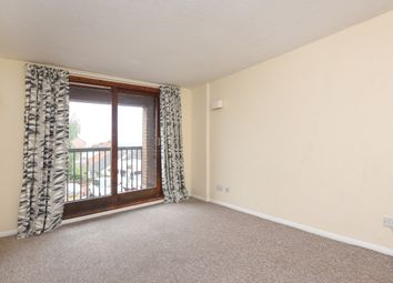 Thumbnail 2 bed flat to rent in Britannia Road, Banbury