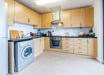 Thumbnail 3 bed flat to rent in Drayton Park, London