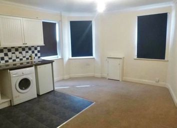 1 bed flat to rent in Lynchford Road, Farnborough, Hampshire GU14