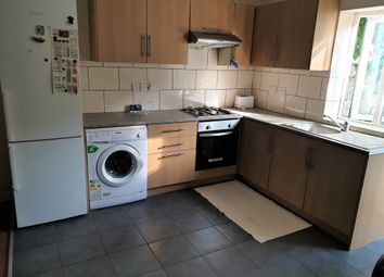 4 bed detached house to rent in Grove Road, Hounslow TW3