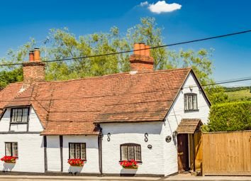 4 bed property for sale in The Old Tavern, Lower Basildon RG8