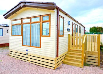 Thumbnail 2 bed mobile/park home for sale in Oxcliffe Road, Heaton With Oxcliffe, Morecambe