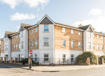 Thumbnail 3 bed flat for sale in Crunden Road, South Croydon
