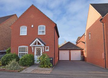 Thumbnail 3 bed detached house for sale in Rosedale Close, Redditch