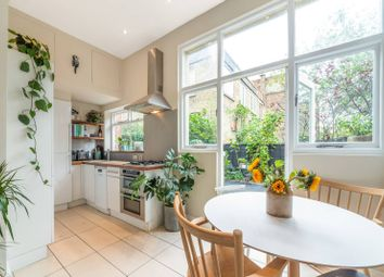 1 bed flat for sale in Hargrave Road, Archway, London N19