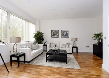 Thumbnail 2 bedroom flat for sale in Providence House, Bartley Way, Hook
