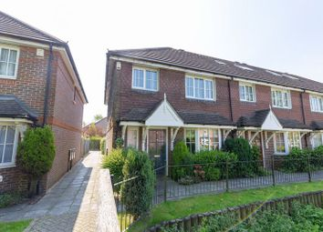 3 bed end terrace house for sale in Priestlands Close, Horley RH6
