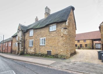 Thumbnail 2 bed cottage to rent in The Maltings, Rothwell, Kettering