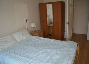 Thumbnail 2 bed flat to rent in Station Avenue, London
