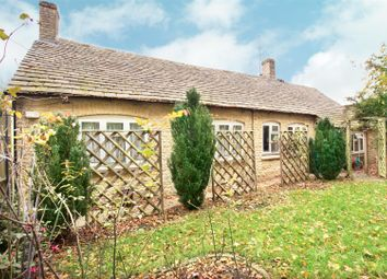 Thumbnail 3 bed detached bungalow for sale in Hixet Wood, Charlbury, Chipping Norton