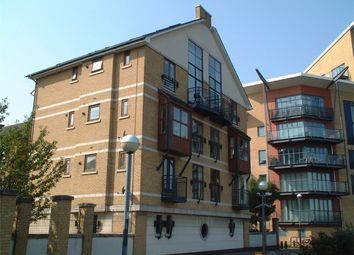 Thumbnail 3 bedroom flat to rent in Clivedon House, Fitzwilliam Mews, London