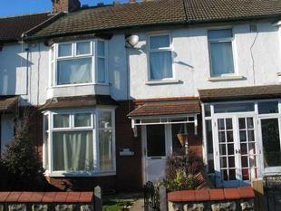 Thumbnail 3 bed terraced house to rent in Shrivenham Road, Swindon