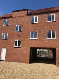 Thumbnail 1 bed flat to rent in Willingham Street, Grimsby