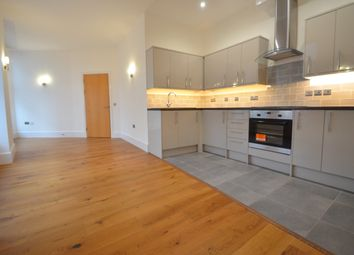 1 bed flat to rent in South Parade, Nottingham NG1