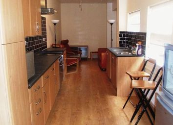 Thumbnail 3 bedroom flat to rent in Warstone Parade East, Hockley, Birmingham
