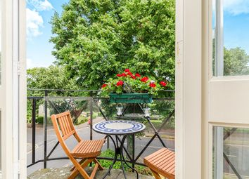 Thumbnail 2 bedroom flat for sale in Overton Road, Sutton