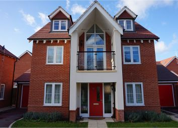 Thumbnail 4 bedroom detached house to rent in Bluebell Crescent, Reading