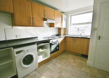 2 bed maisonette to rent in Clayton Road, Hayes UB3