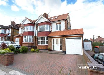 Thumbnail 4 bed property to rent in Lullington Garth, London