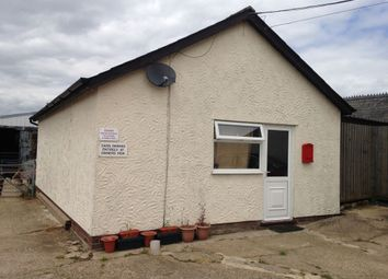 Thumbnail 1 bed detached house to rent in Poplar Farm, Hundon