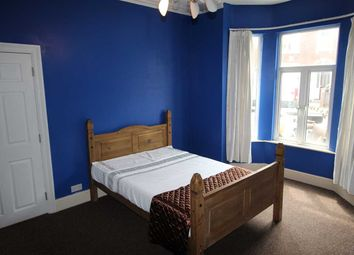 Thumbnail 6 bed shared accommodation to rent in Grafton Road, Bedford
