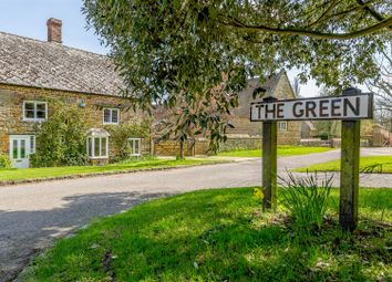 Thumbnail 5 bed cottage for sale in The Green, Eydon, Northants