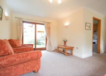 Thumbnail 2 bedroom flat to rent in Brooklands Avenue, Cambridge