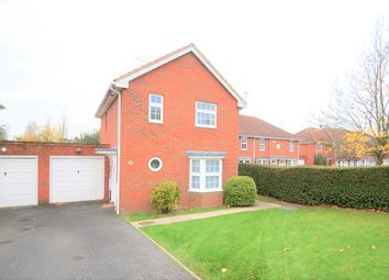 Thumbnail 3 bed detached house to rent in Longcroft Lane, Welwyn Garden City