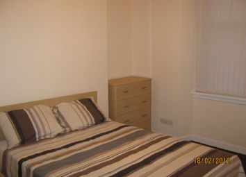 Thumbnail 3 bed flat to rent in Whitecrook Street, Clydebank, West Dunbartonshire