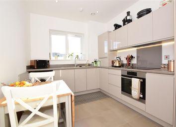 Claybury Mews, Ilford, Essex IG5. 2 bed flat