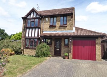 Thumbnail 4 bed detached house for sale in Laurelside Walk, Dunstable