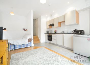 Thumbnail Studio to rent in North End Road, Golders Green