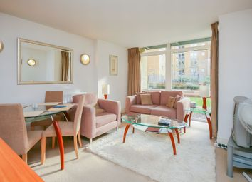 Thumbnail 1 bed flat to rent in Lowry House, Cassilis Road, Canary Wharf, London