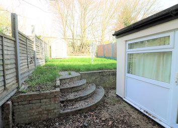 Thumbnail Room to rent in Furzen Crescent, Hatfield