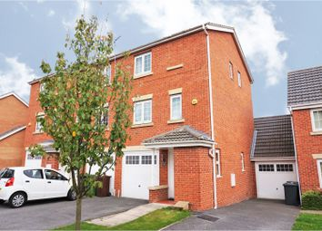 Thumbnail 3 bedroom town house for sale in Boulevard Rise, Leeds