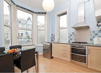 Thumbnail 3 bed flat to rent in Glengall Road, London