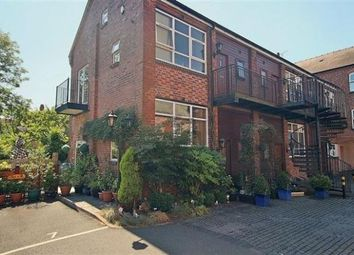 Thumbnail 1 bedroom flat to rent in Crescent House, Mount Pleasant, Redditch