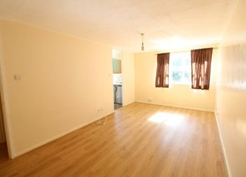 Thumbnail 2 bed flat to rent in Downs Road, Luton