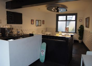 Thumbnail Restaurant/cafe for sale in Cafe & Sandwich Bars LS5, West Yorkshire