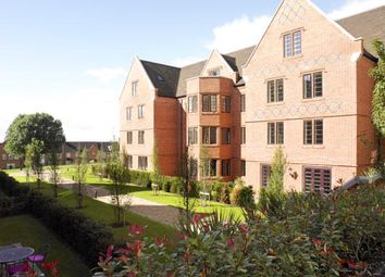 Thumbnail 2 bed flat to rent in The Galleires, Brentwood